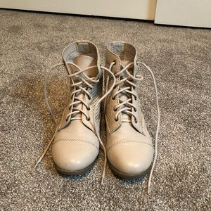 Creme colored High top sneakers
